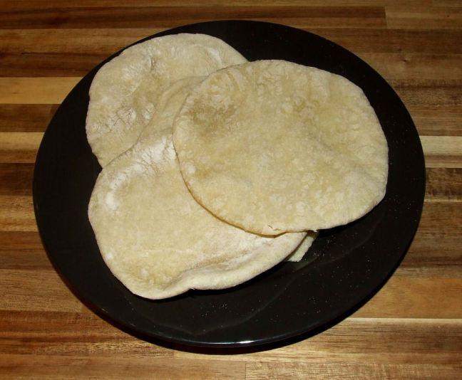 le pain pita libanais cuit et terminé